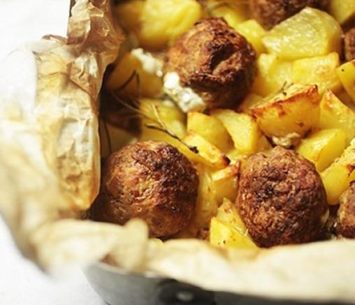 Печени пълнени кюфтенца с хрупкави картофи